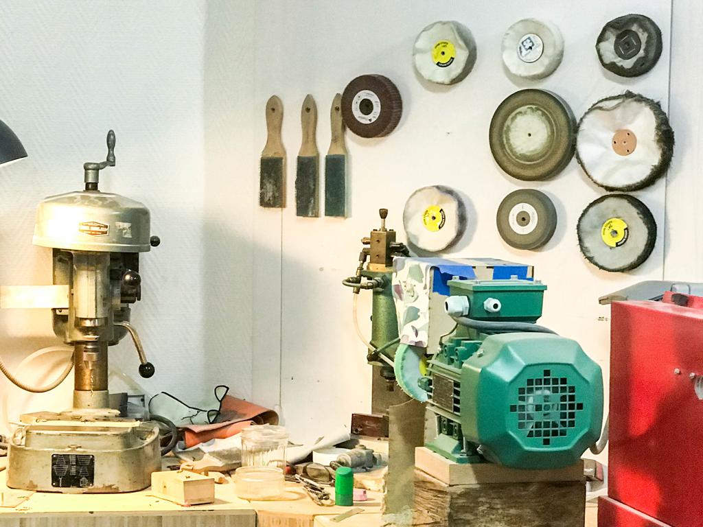 outils opticien lunetier à Lyon atelier de réparation regart