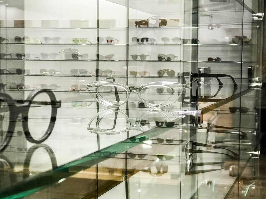 meilleur opticien lunetier à Lyon transparence des vitrines