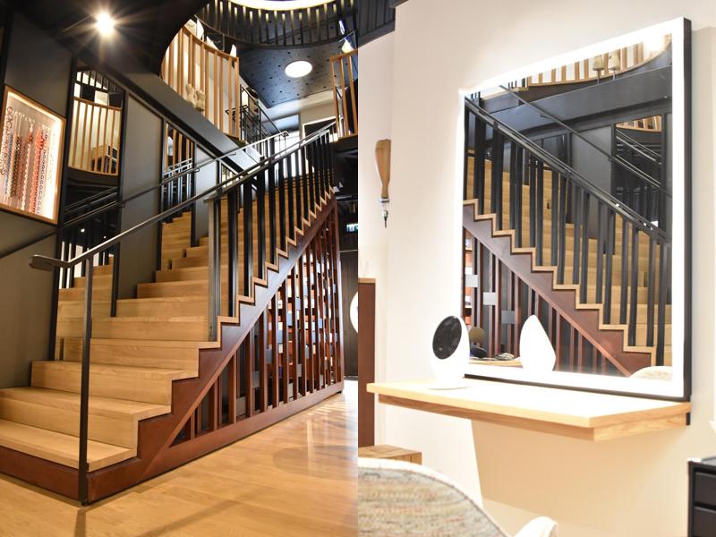 Escalier et coulier avec miroir reflétant l'escalier du Lunetier Martel Clermont FErrand